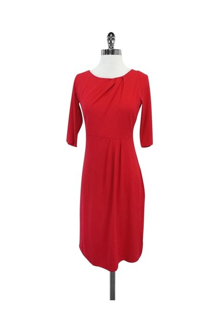 Item - Red L Short Casual Dress Size 6 (S)