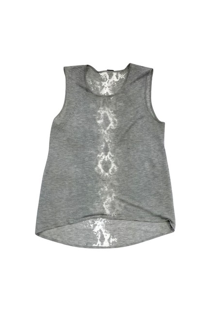 Item - Activewear Top Size 4 (S)