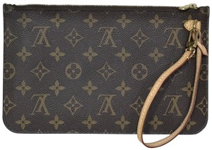 cf943ae3d59 Louis Vuitton Bags on Sale - Up to 70% off at Tradesy
