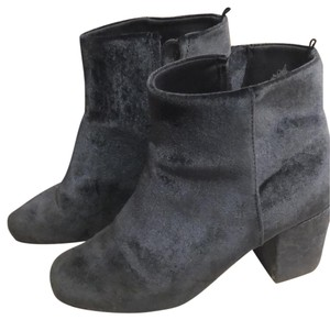 37509b529091 Old Navy Boots   Booties - Up to 90% off at Tradesy