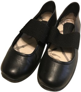 00ea120485fe Børn Leather Wide Strap Rounded Toes black Flats