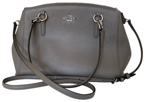 Coach Bags and Purses on Sale - Up to 70% off at Tradesy ebc979ae89c39