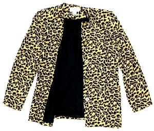 Petite Sophisticate J030119-09 Button Down Shirt Animal Print