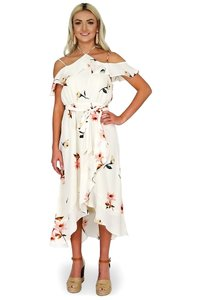 Essue short dress cream Beguiling Style Floral on Tradesy