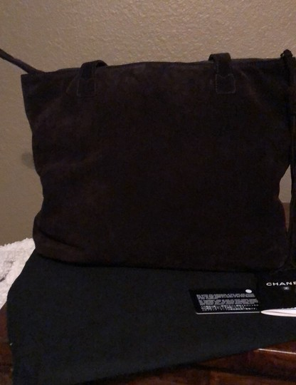 Chanel Tote in Chocolate Image 3