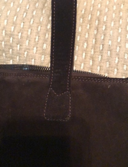 Chanel Tote in Chocolate Image 9