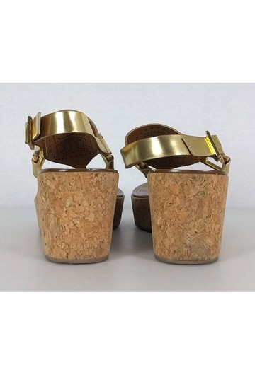 Tory Burch Perforated Cork gold Wedges Image 3