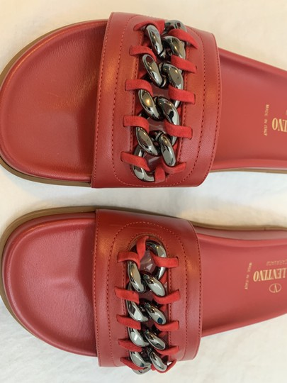 Valentino Chain Exclusive Limited Edition Leather Red Flats Image 2