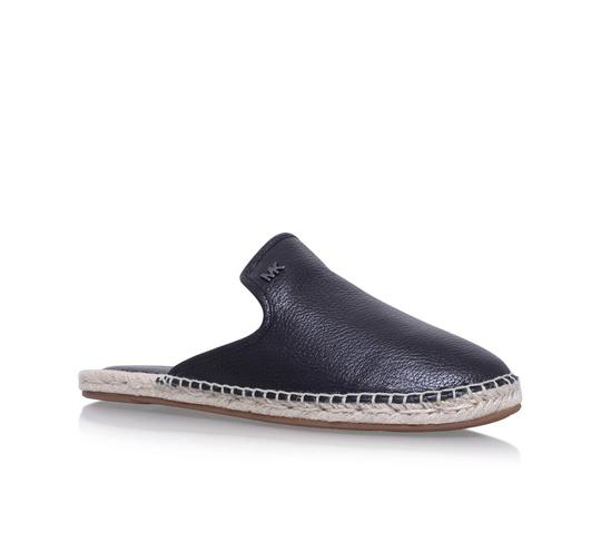 Preload https://img-static.tradesy.com/item/25214019/michael-kors-black-hastings-slide-slip-on-leather-flats-size-us-9-regular-m-b-0-0-540-540.jpg