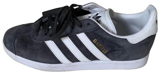 Preload https://img-static.tradesy.com/item/25214308/adidas-gray-3-stripe-gazelle-sneakers-size-us-75-regular-m-b-0-2-540-540.jpg