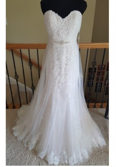 Stella York Worn Once For 4 Hours. Altered To Fit 5'2 Person. 6341 Lace and Tulle Gown Feminine Wedding Dress Size 8 (M) Image 1