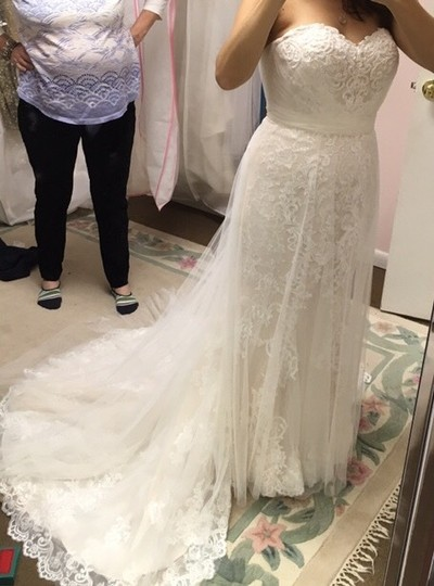 Stella York Worn Once For 4 Hours. Altered To Fit 5'2 Person. 6341 Lace and Tulle Gown Feminine Wedding Dress Size 8 (M) Image 2