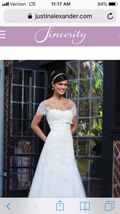 Sincerity Bridal Ivory Tulle Lace Pearl 3734 - New and Never Worn Traditional Wedding Dress Size 6 (S)