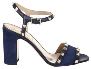 Valentino Studded Ankle Strap Open Toe Block Heel Made In Italy marine Sandals