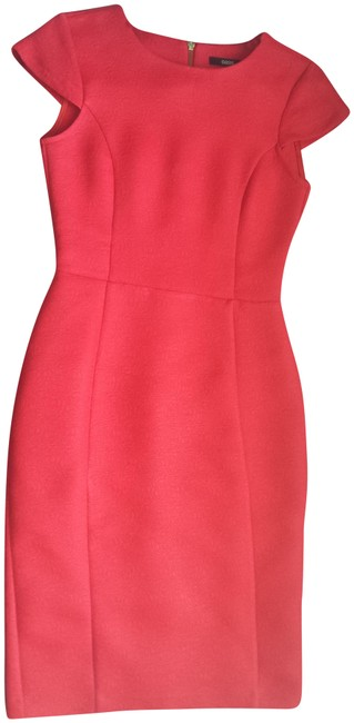 Preload https://img-static.tradesy.com/item/25215747/oasis-red-mid-length-cocktail-dress-size-4-s-0-1-650-650.jpg
