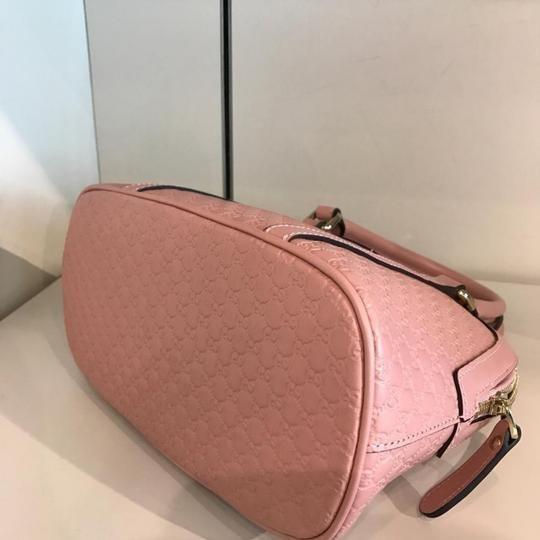Gucci Satchel in soft pink Image 2