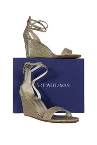 73badeda5 Stuart Weitzman on Sale - Up to 80% off at Tradesy (Page 34)