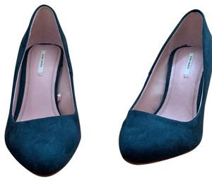 c1cc1720243 Zara Shoes on Sale - Up to 85% off at Tradesy