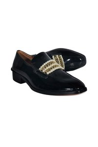 Bettye Muller Patent Leather Loafers Black Pumps