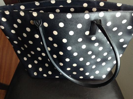 Kate Spade Tote in Black and Cream Image 4