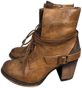 ef10a191b19e Women s Pierre Dumas Shoes - Up to 90% off at Tradesy