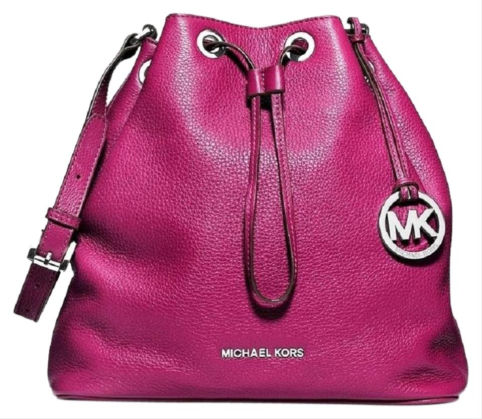 2e739f585fdf Michael Kors Jules Crossbody - Up to 90% off at Tradesy
