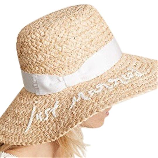Preload https://img-static.tradesy.com/item/25219543/kate-spade-just-married-sunhat-hat-0-1-540-540.jpg