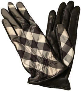 Burberry NEW WITH TAGS Burberry Cashmere-Lined Leather Gloves
