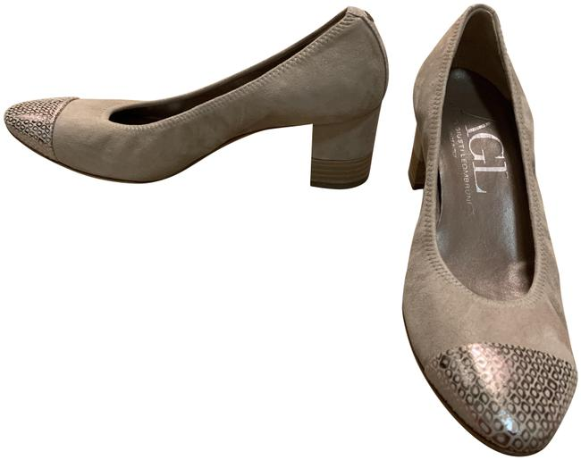 Item - Taupe and Silver Toe Pumps Size EU 39 (Approx. US 9) Regular (M, B)