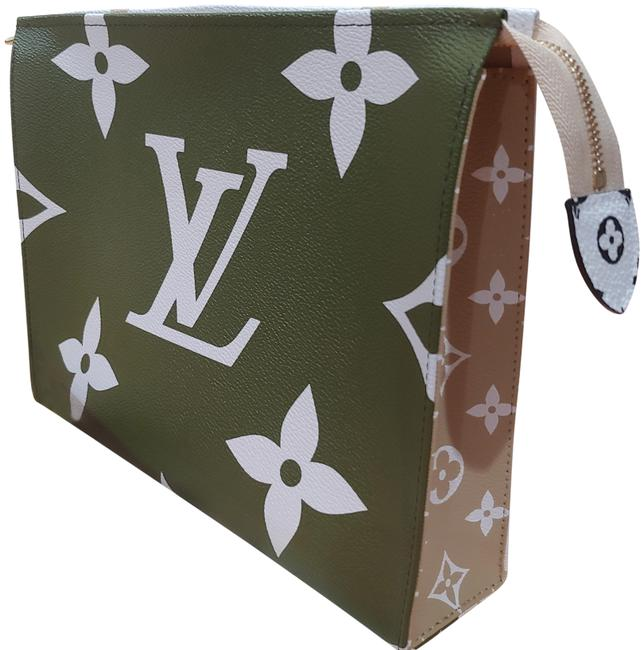 Item - Limited Edition Toiletry 26 Giant Monogram Extremely Hard To Get Green Khaki Leather Clutch