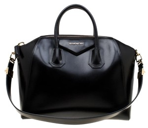 edf3d6e5c5622 Givenchy Bags on Sale - Up to 70% off at Tradesy