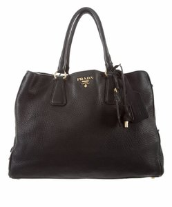 1505f0ff90b55 Prada Bags on Sale - Up to 70% off at Tradesy