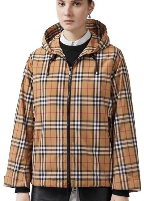 Preload https://img-static.tradesy.com/item/25222373/burberry-antique-yellow-check-winchester-vintage-lightweight-hooded-jacket-size-6-s-0-1-650-650.jpg