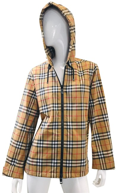 Preload https://img-static.tradesy.com/item/25222388/burberry-antique-yellow-check-winchester-vintage-lightweight-hooded-jacket-size-6-s-0-1-650-650.jpg