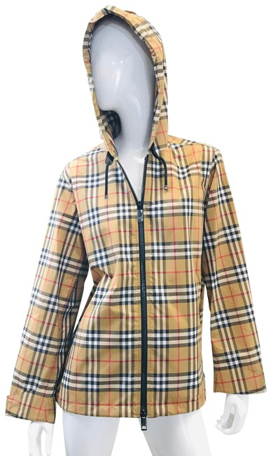Preload https://img-static.tradesy.com/item/25222437/burberry-antique-yellow-check-winchester-vintage-lightweight-hooded-jacket-size-6-s-0-1-650-650.jpg