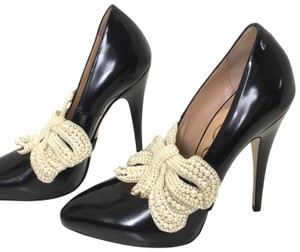 47a9f540221 Gucci Heels and Pumps - Up to 70% off at Tradesy