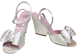 5e453fc63056 Kate Spade Formal Shoes - Up to 90% off at Tradesy (Page 3)