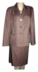 Le Suit Collections For Le Suit NWT Brown Pinstripe Business Skirt Suit