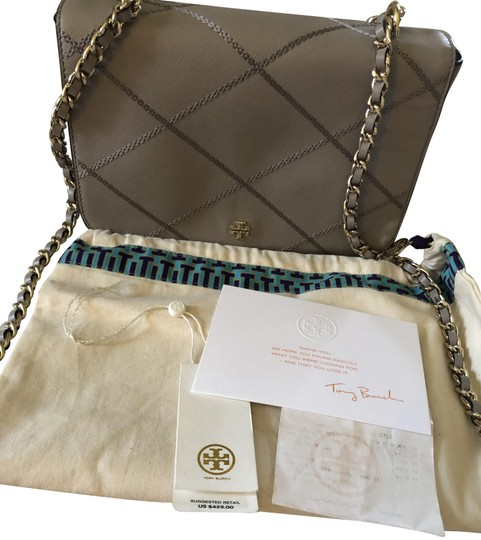 Preload https://img-static.tradesy.com/item/25223339/tory-burch-robinson-brand-can-be-used-as-shoulder-or-cross-body-light-grey-leather-satchel-0-1-540-540.jpg
