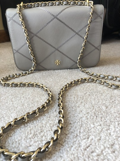 Tory Burch Satchel in Light grey Image 3