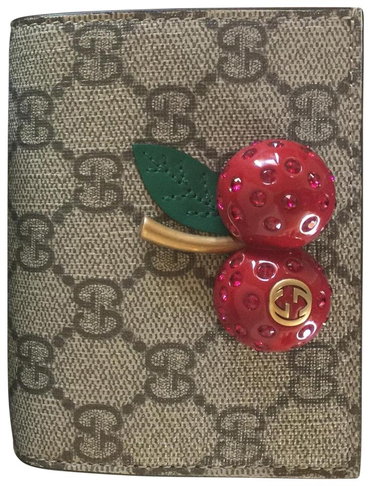 Gucci Gg Supreme Card Case With Cherries Image 0