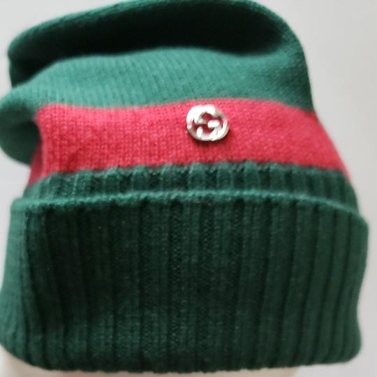 Preload https://item4.tradesy.com/images/gucci-green-beanie-red-size-m-hat-25224518-0-1.jpg?width=440&height=440