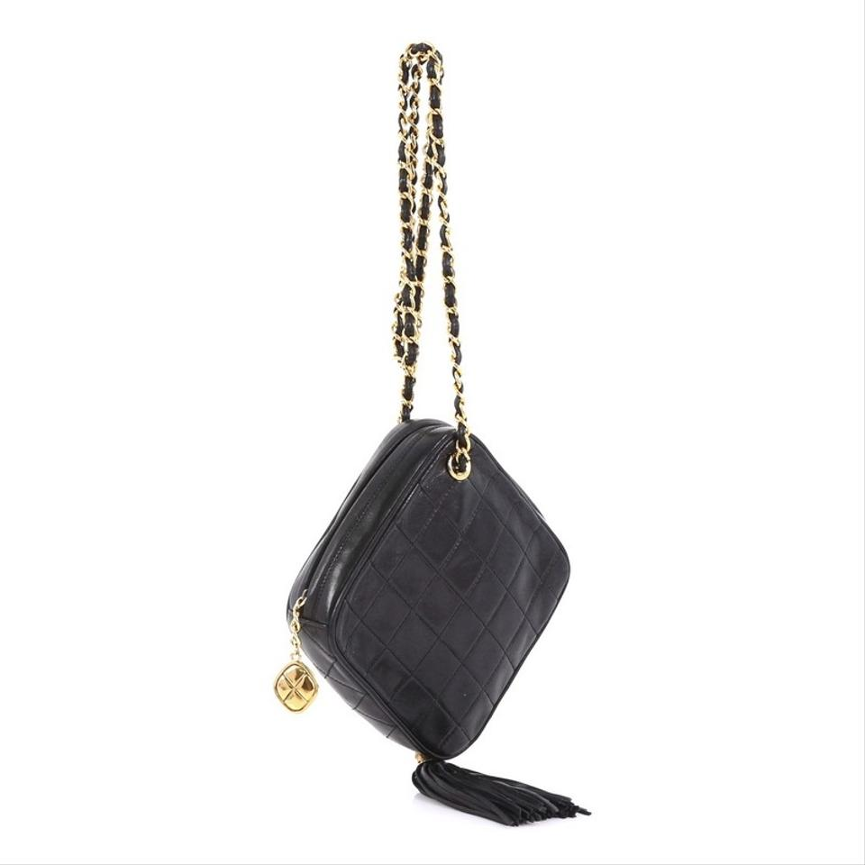 345a25ed1183 Chanel Vintage Diamond Tassel Quilted Small Black Lambskin Cross Body Bag -  Tradesy