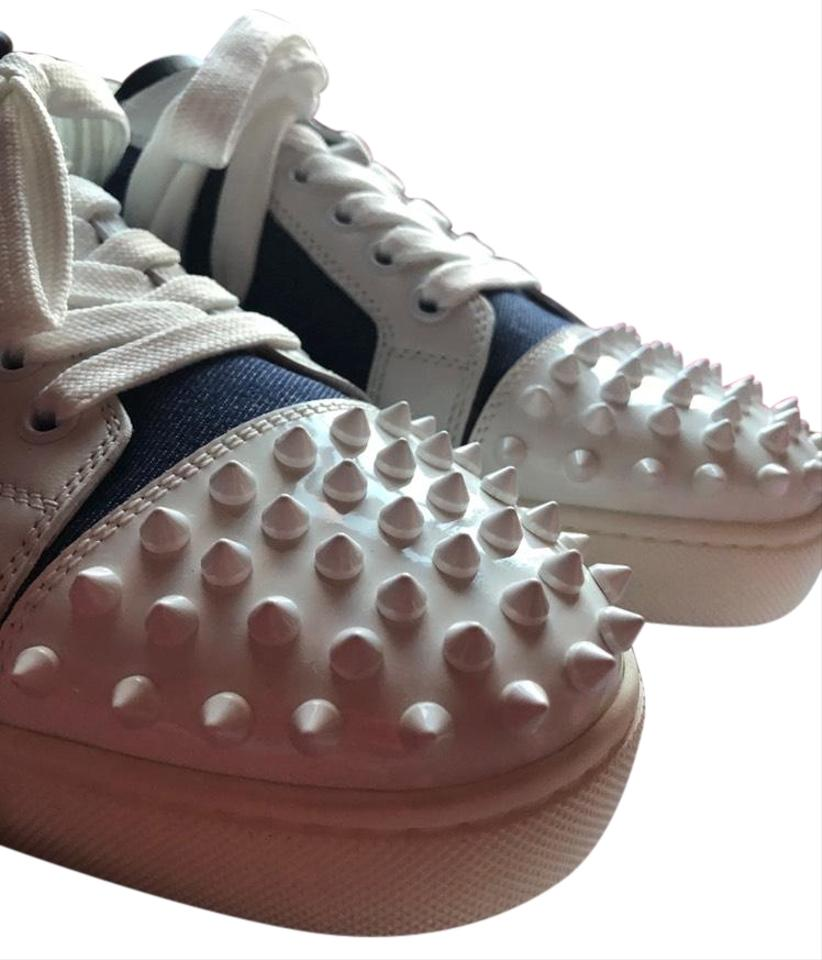 fcd968bbec2 Christian Louboutin White and Blue Louis Junior Spikes Flat Sneakers Size  EU 40 (Approx. US 10) Regular (M, B)