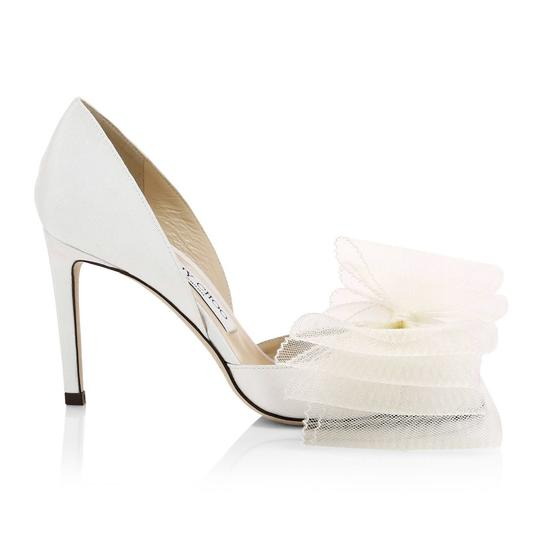 Preload https://img-static.tradesy.com/item/25226153/jimmy-choo-white-new-adesu-tulle-bow-8-pumps-size-eu-38-approx-us-8-regular-m-b-0-0-540-540.jpg