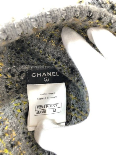 Chanel Grey Yellow Tweed CC Button Skully Cap Beanie Hat 235995 Image 2