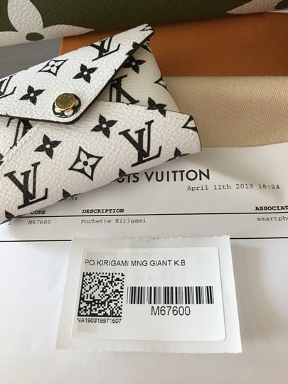 Louis Vuitton Khaki/Beige Clutch Image 7