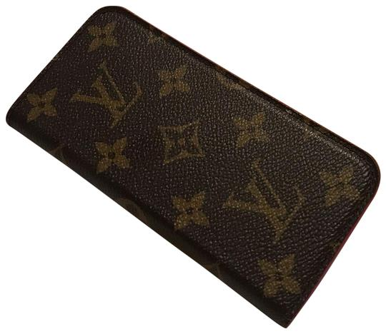 Preload https://img-static.tradesy.com/item/25228639/louis-vuitton-brown-and-pink-iphone-78-tech-accessory-0-1-540-540.jpg