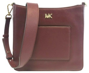 e447d363d9a09d Red Michael Kors On Sale - Tradesy
