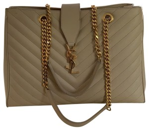 8b9039aa6b61 Beige Saint Laurent Bags - Up to 90% off at Tradesy